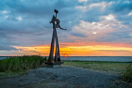 Flatman Sculpture at Outer Harbor