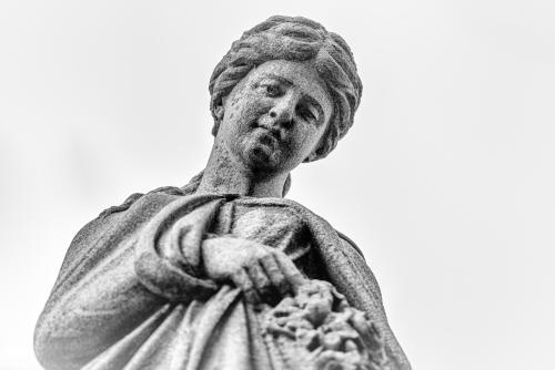 0003-Statues