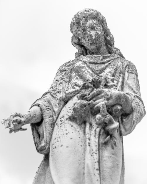 0008-Statues