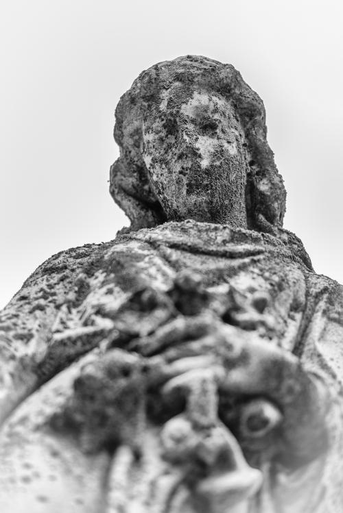 0010-Statues