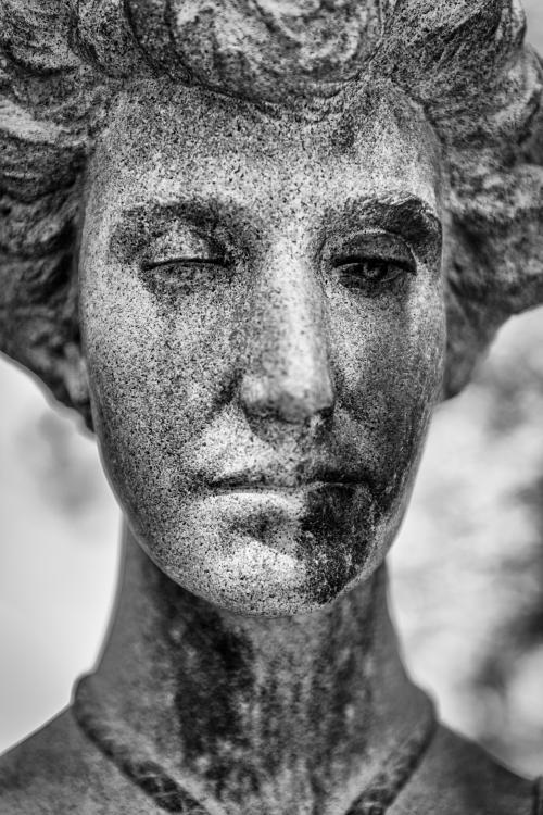 0013-Statues
