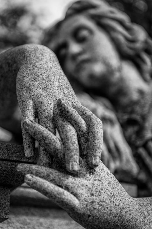 0016-Statues
