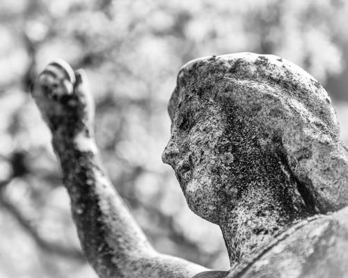 0032-Statues