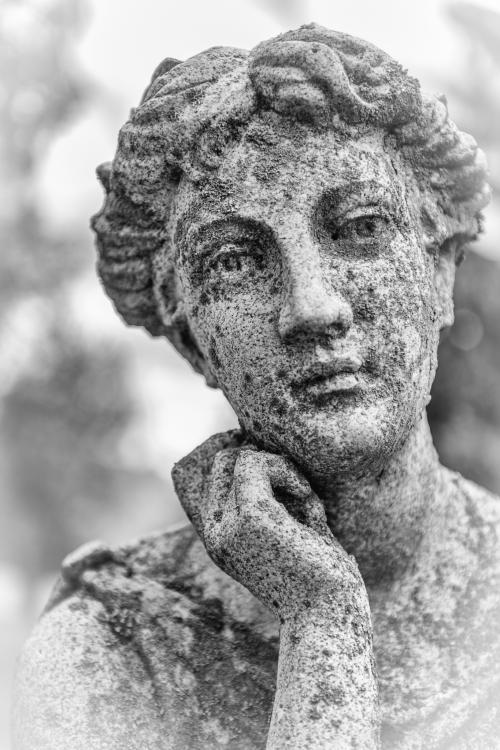 0033-Statues