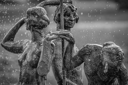 0040-Statues