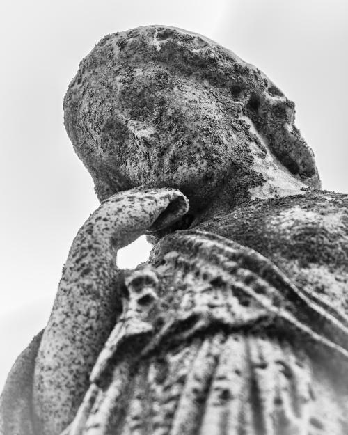 0044-Statues