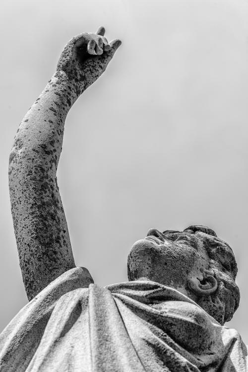 0047-Statues