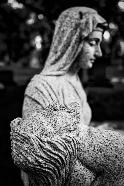 0059-Statues
