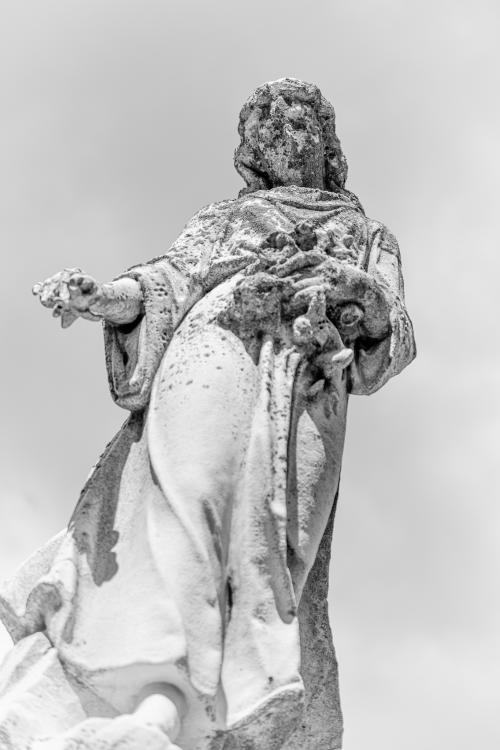0067-Statues