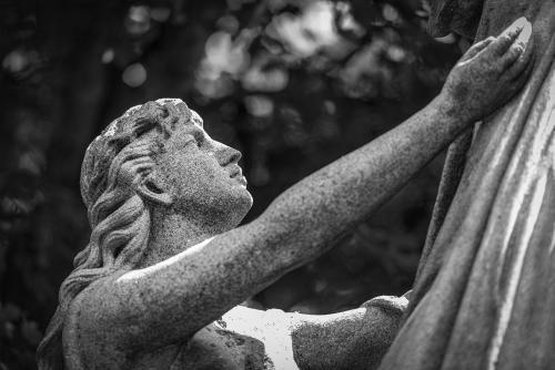 0077-Statues