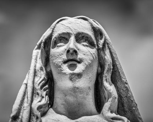 0087-Statues
