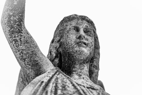 0098-Statues