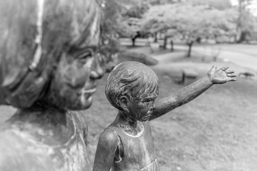 0102-Statues
