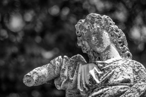 0103-Statues
