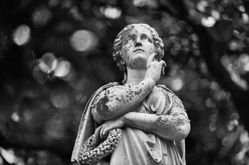 0107-Statues